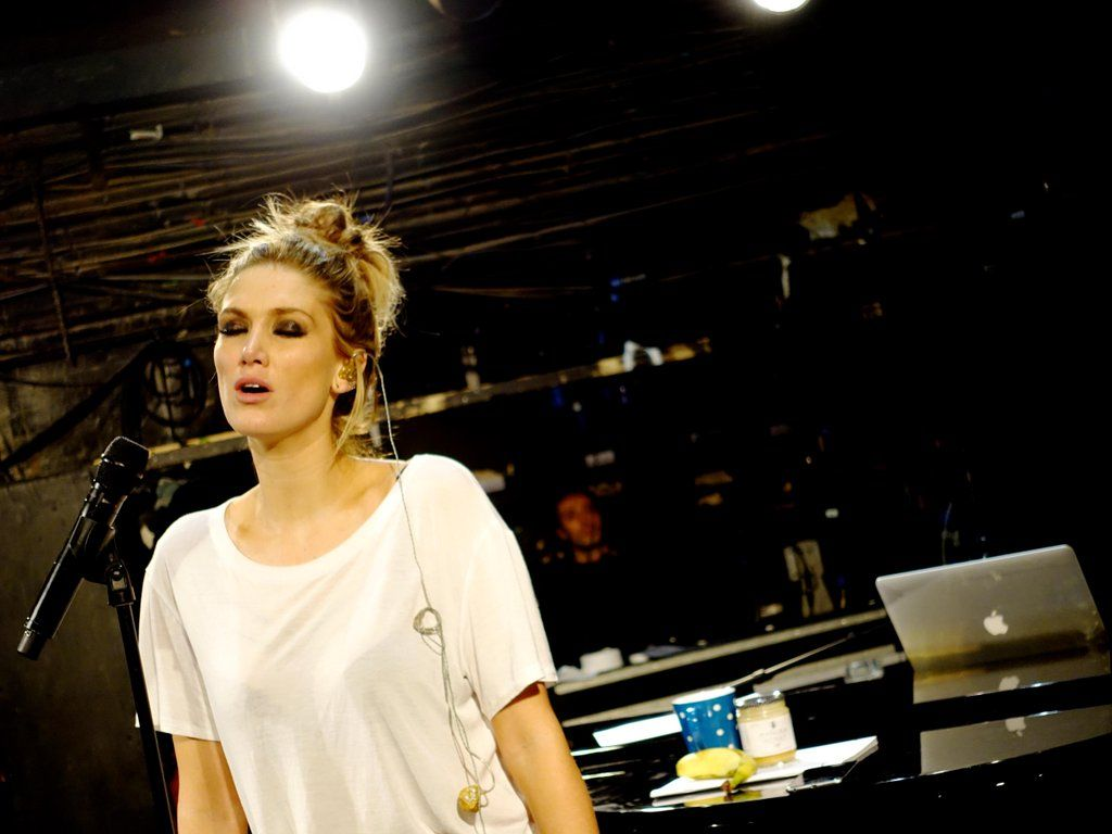 """Delta Goodrem on Twitter: """"What if I lose my self control  http://t.co/Or96eTHbg9 http://t.co/CwjsPDJ3bw"""""""