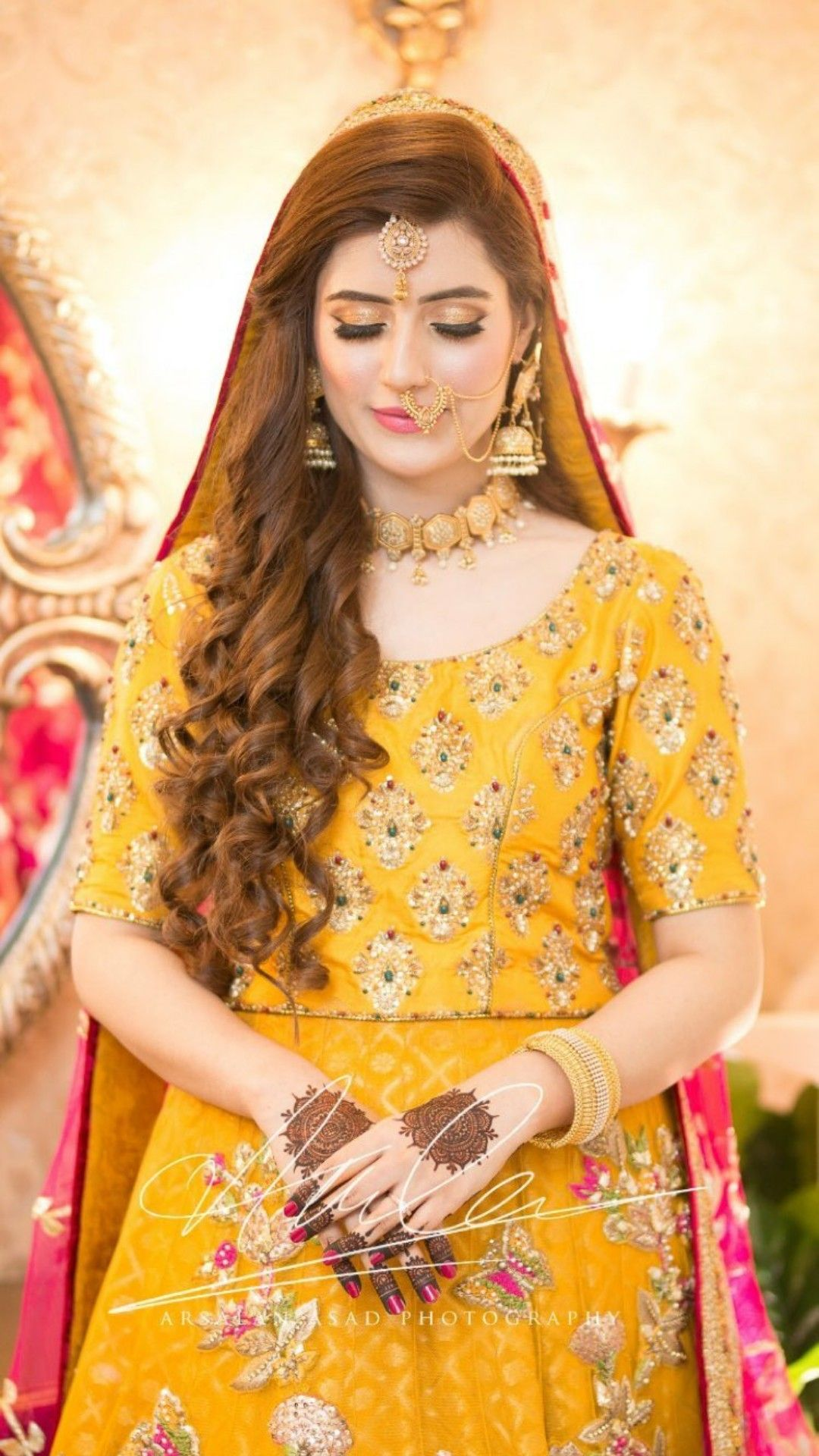 9b2826144a Hassanツ Pakistani Bridal Couture, Pakistani Bridal Makeup, Pakistani  Wedding Outfits, Bridal Lehenga