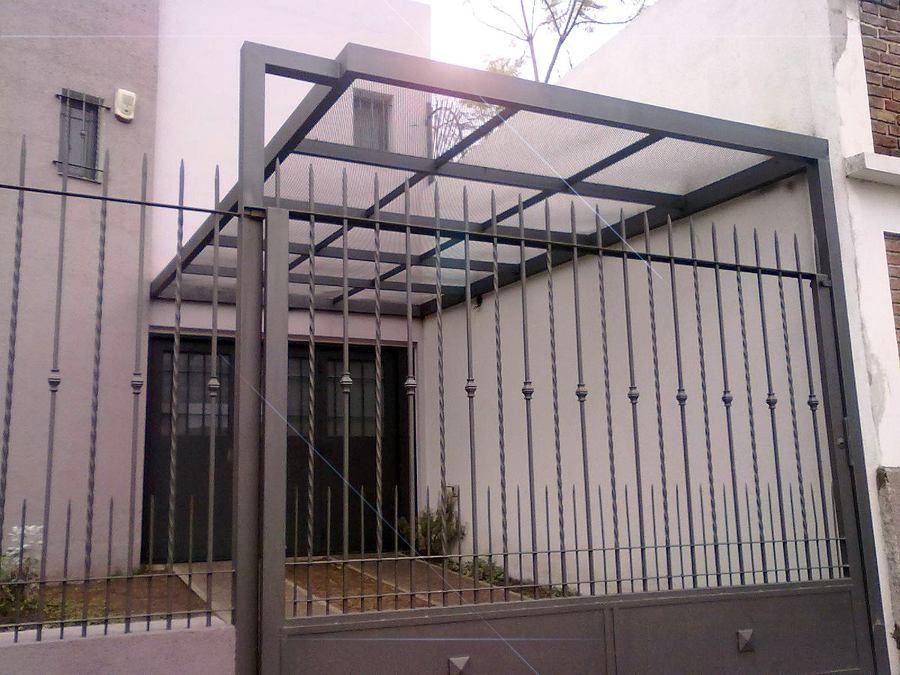 resultado de imagen para garajes con techos policarbonato