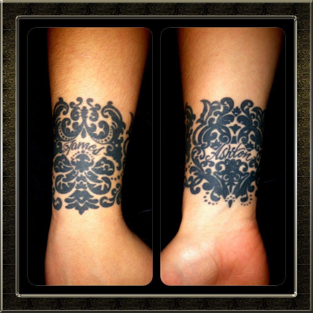 die besten 25 damast tattoo ideen auf pinterest barockes muster damast wand und damast. Black Bedroom Furniture Sets. Home Design Ideas