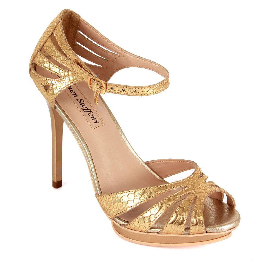 6ac0f16298925 15 sandalias doradas con tacones de vértigo  perfectas para ir de ...