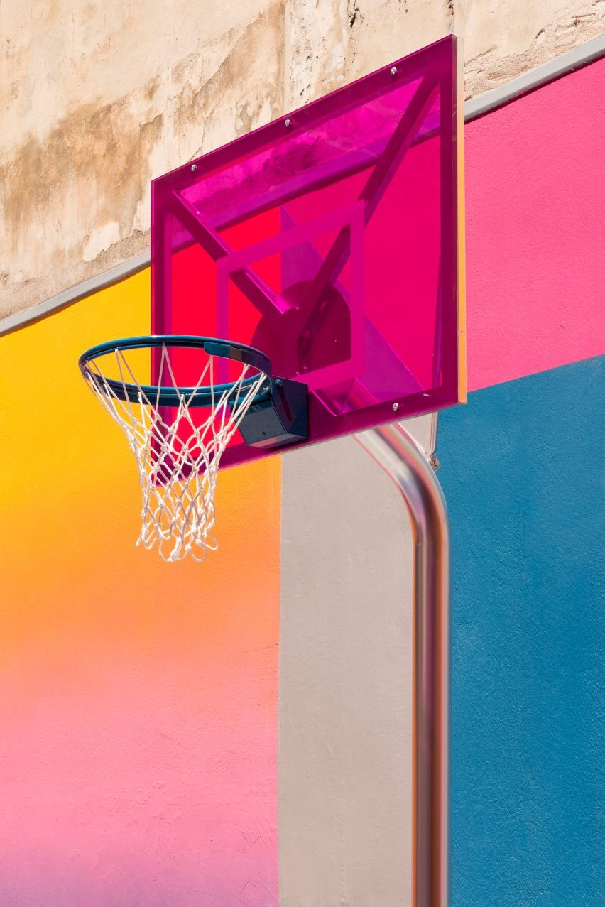 Blocks Of Red Yellow Blue And White From The Last Iteration Have Been Painted Over With Brighter Hu Pigalle Basketball Street Basketball Basketball Wallpaper