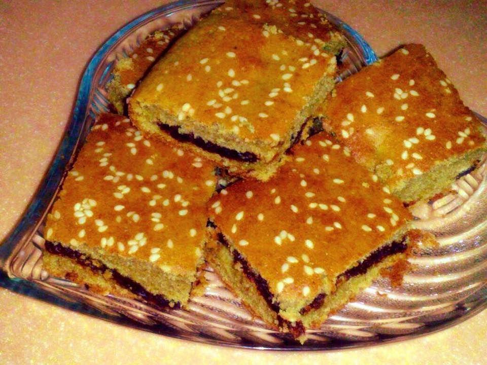 طريقة عمل كيك الدخن بالتمر على اصوله طريقة Arabic Food Arabic Sweets Food