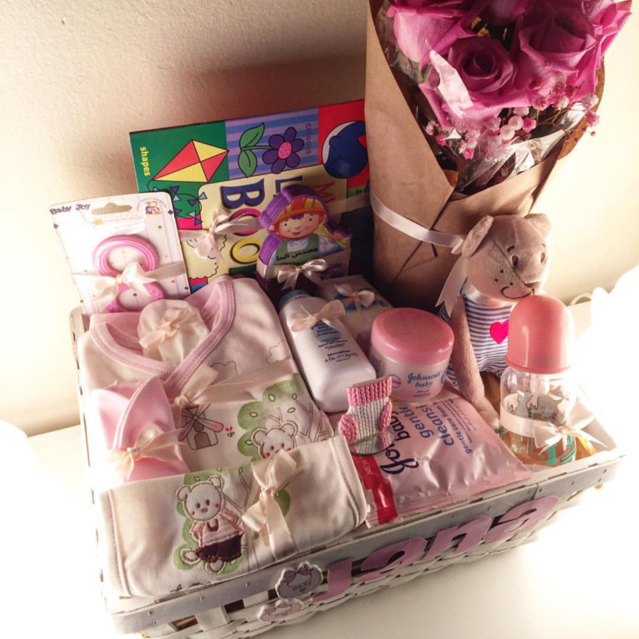 صور هدايا افكار هدايا للزوج والزوجة والام والاخوات صور هدايا مناسبة لجميع المناسبات Gift Wrapping Techniques Diy Gifts Gifts