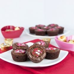 Peanut Butter Cup Brownie Bites for your favorite Valentine.  Quick and easy!