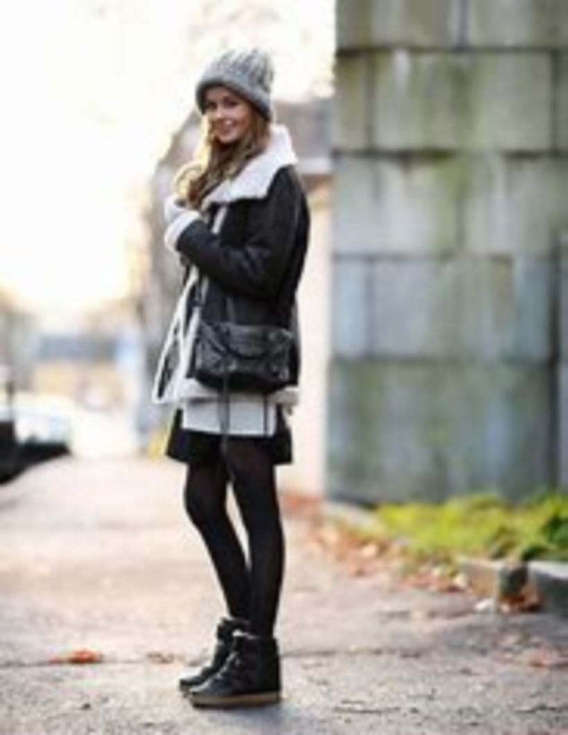 Awesome stylish winter outfits ideas with wedge sneakers more at