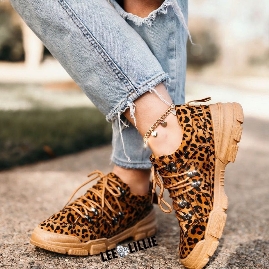 Leopard print, Sneakers outfit men