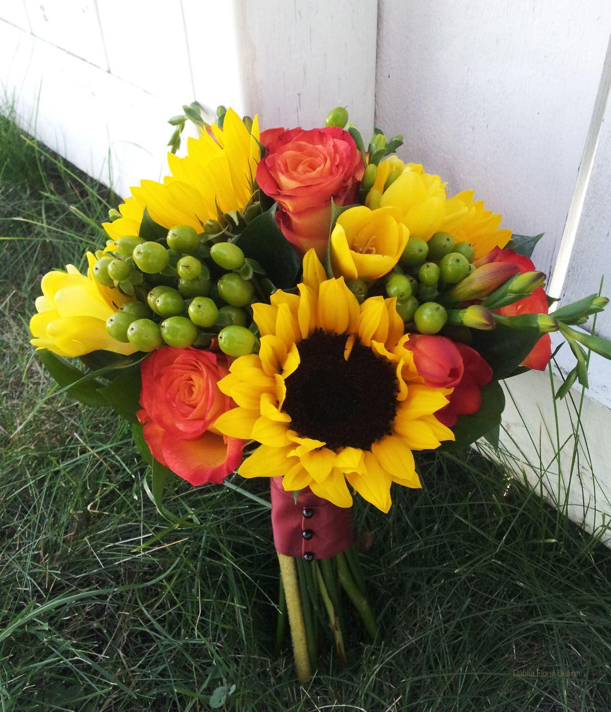 Wedding bouquets of sunflowers  sunflower wedding bouquets  Sunflower handtied wedding bouquet with