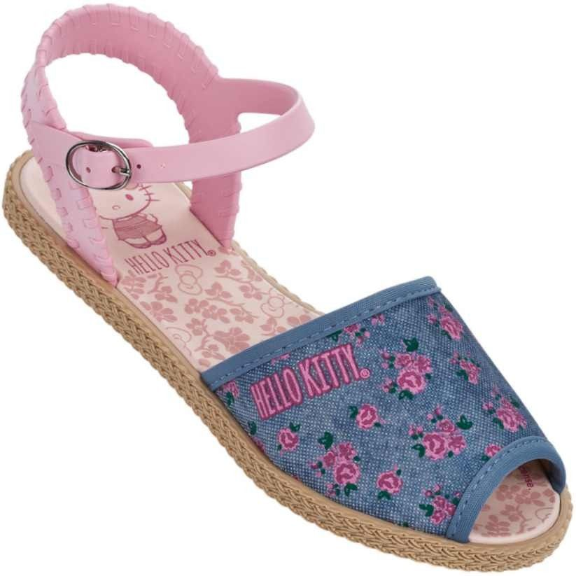 fbf26eb22 Para alegria das meninas a nova Sandália Infantil Hello Kitty Liverty  Feminina chegou cheia de charme