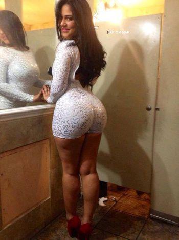 Latina booty lick