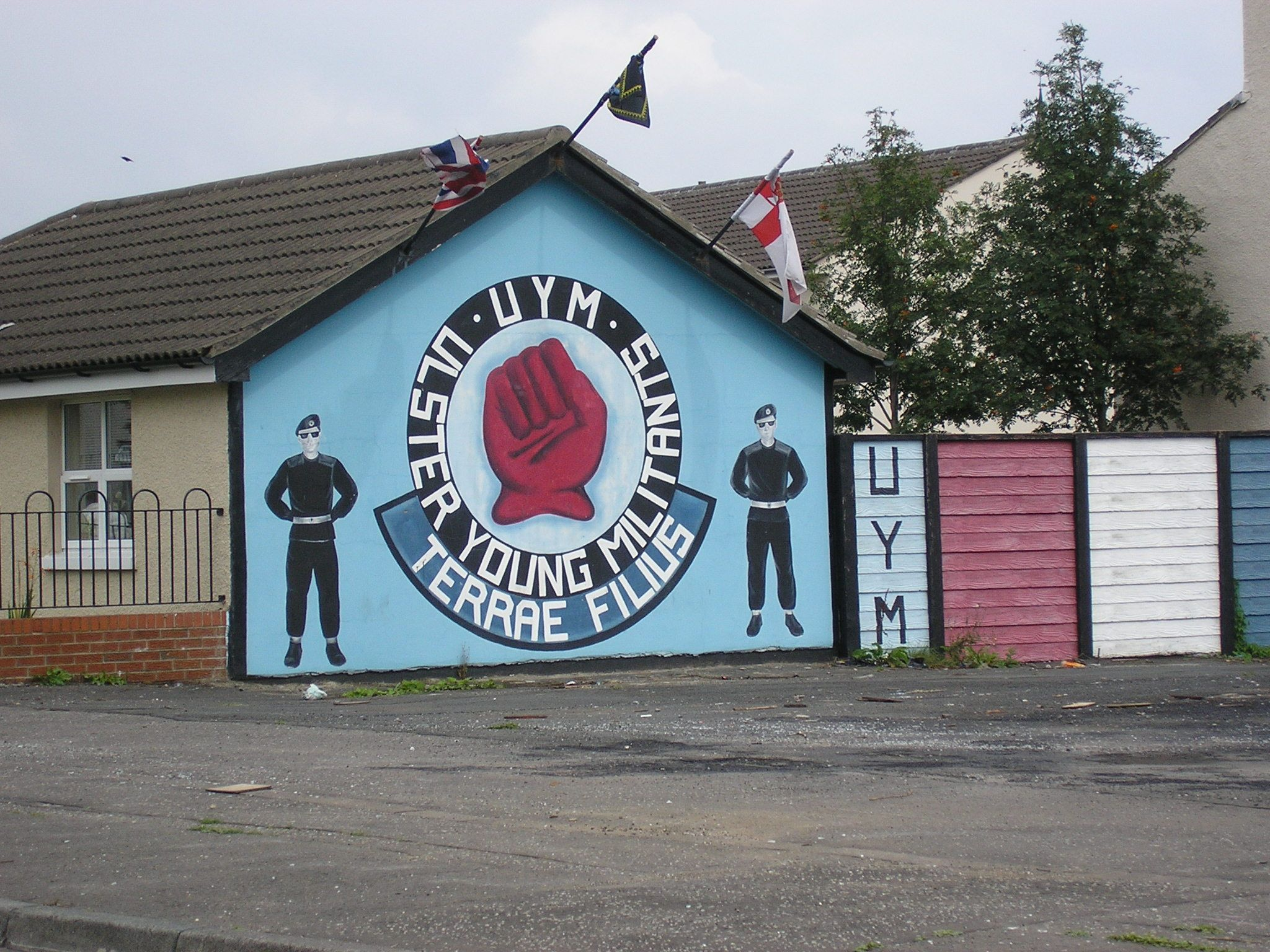 Ulster Young Militants (UYM) Mural, Shankill Parade, off Shankill Road, Belfast, Northern Ireland.