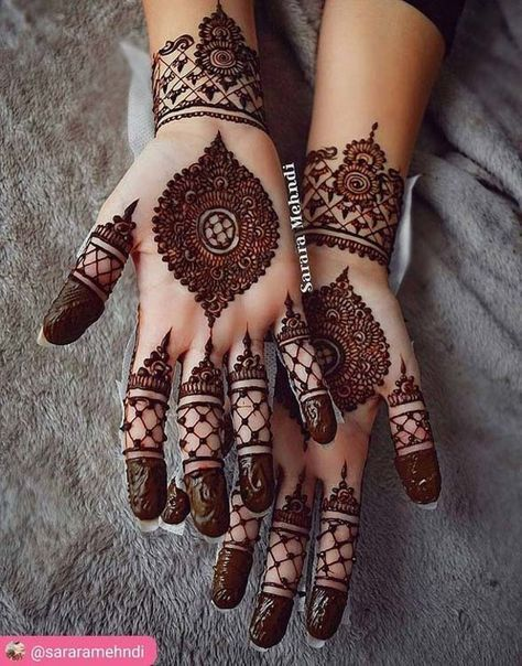 Arabic mehndi designs are the most stylish and trendy ones elegance which these pour remain unmatched also this is absolutely gorgeous by one of my favourite artists rh pinterest