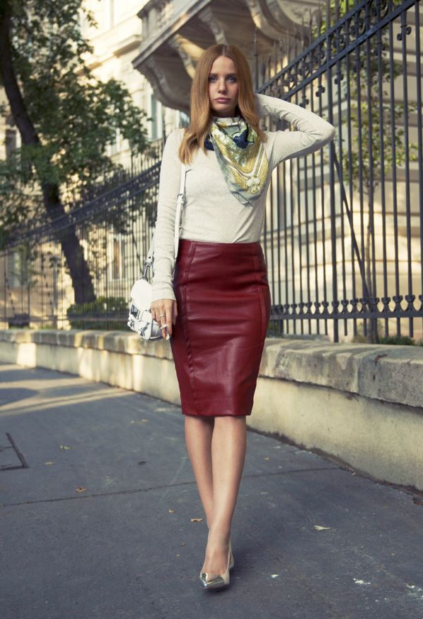 Oxblood leather skirt // vörös műbőr szoknya – Zara light grey ...