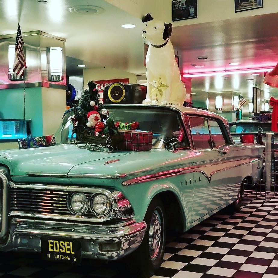At Lori S Dinner Ingress Rmx Traveling Travelgress Exo5 Suv Car Suv Trave [ 923 x 923 Pixel ]