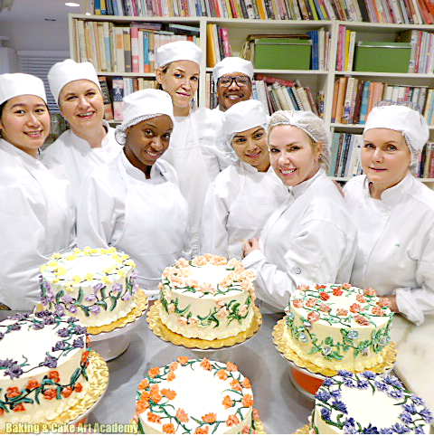 Beginning Cake Decorating Students First Project Using Color Theory And Flower Piping Baking Cakes Decoration Cake Decorating Classes Cake Decorating