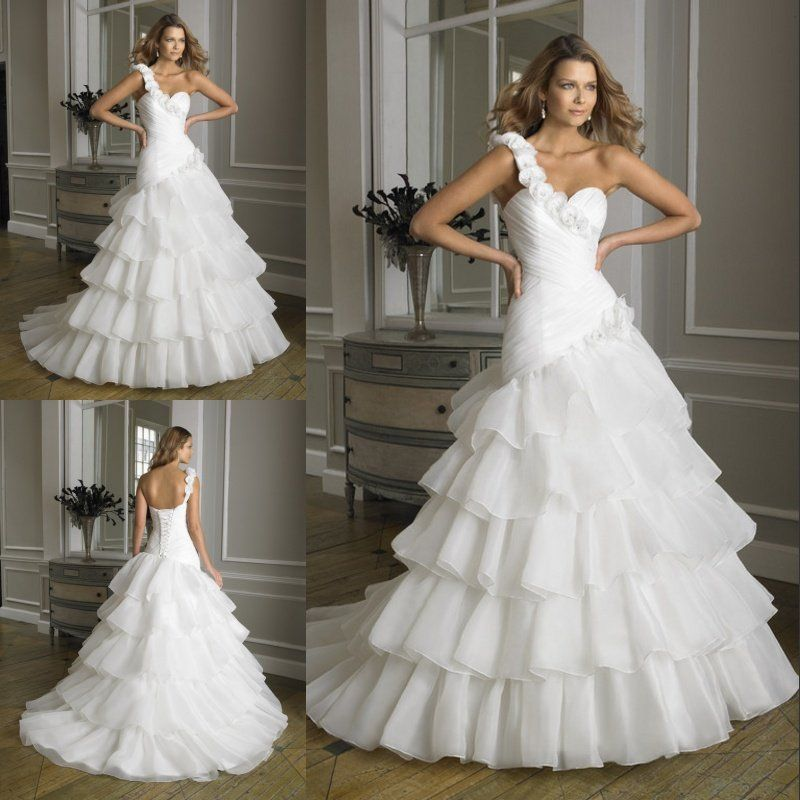 We have a wonderful collection of latest wedding gowns and ...