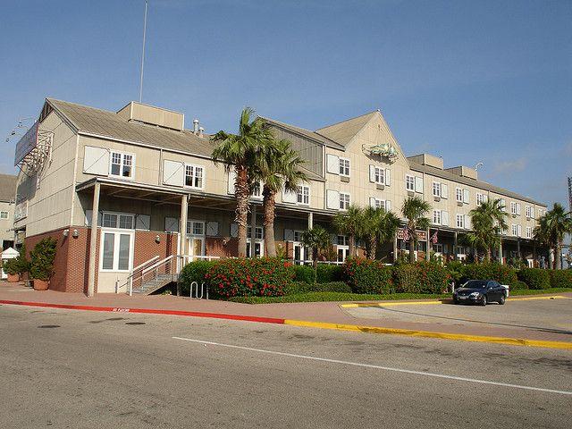 Galveston Com Harbor House At Pier 21 Galveston Hotels Galveston