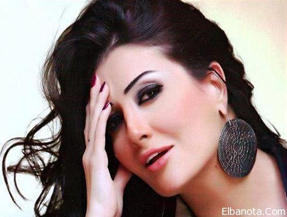 غادة عبد الرازق تنشر صورة زفافها الأول في سن 17 Celebrities I Love Fashion Love Fashion