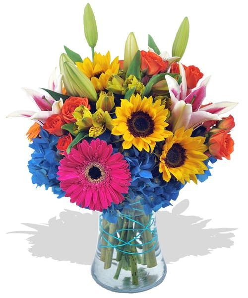 This Bright And Vibrant Mixed Flower Bouquet Will Definitely Convey Your Birthday Wishes Billyheromans Sprayroses