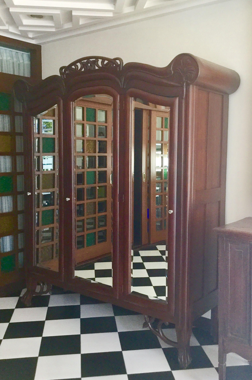 Tres Lunas Aparador Filipiniana Art Nouveau From The Estate Of  # Muebles Pampanga
