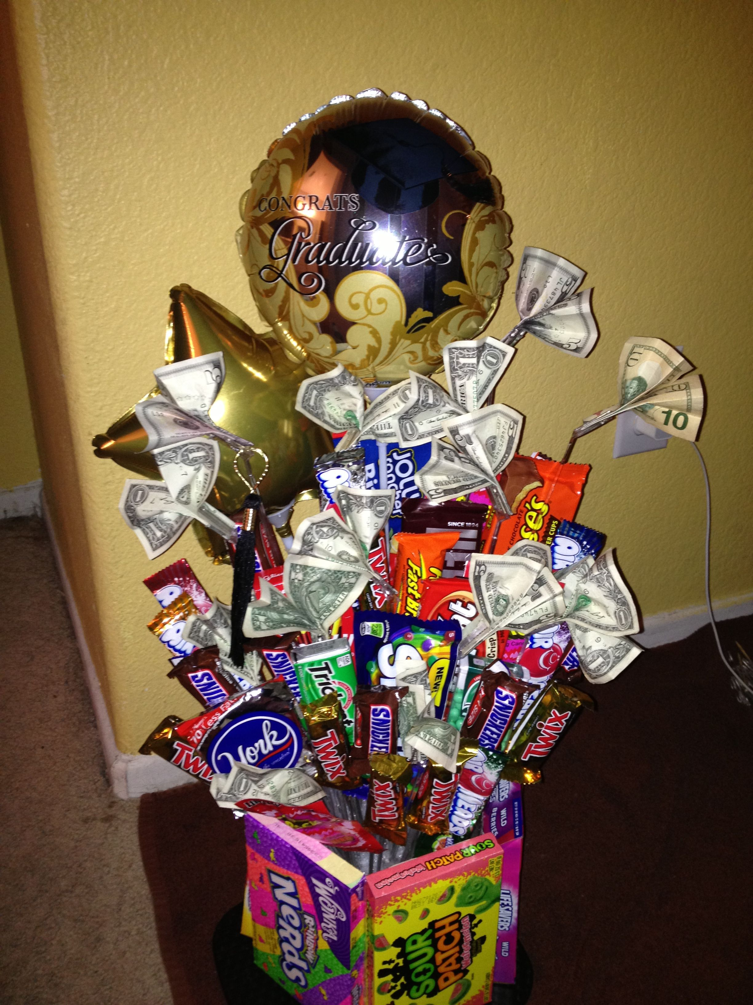 Candy And Money Bouquet Diy Easy And Fun Money