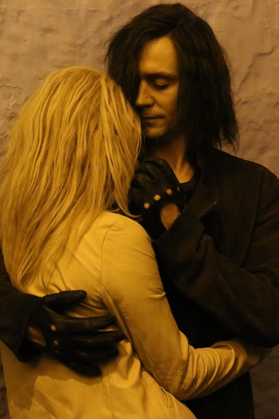 Tom Hiddleston And Tilda Swinton As Adam And Eve In Only -8637