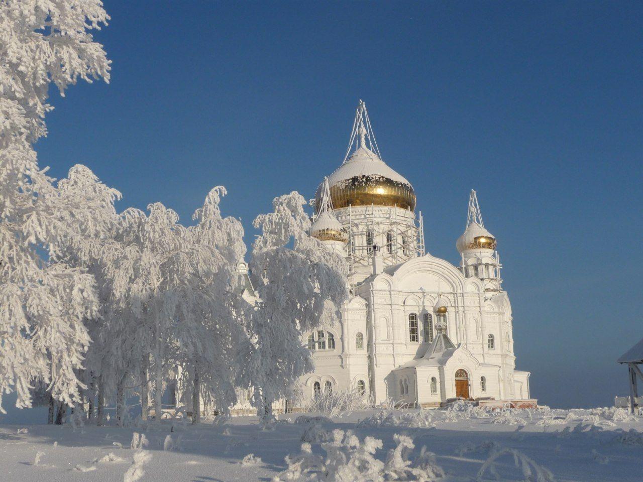 Картинки монастырь зимой