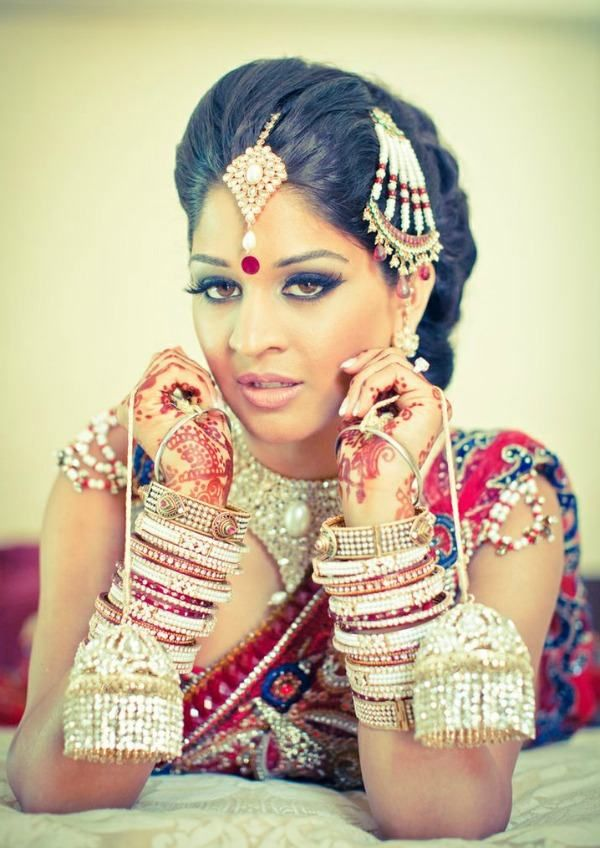 indian wedding hairstyle gallery%0A    Latest Indian Bridal Hairstyles   Easyday