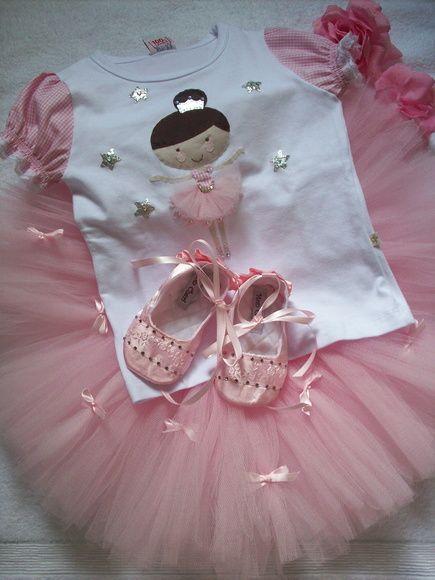 962aa7d057 Tutu bailarina rosa com laços de fita. Indicado para aniversários ...