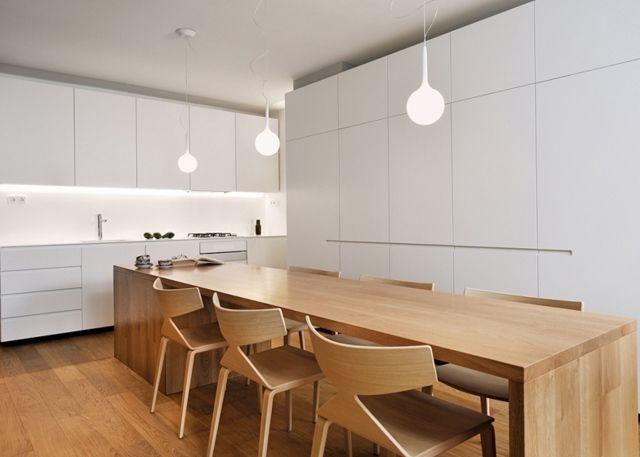 weiße Einbauküche Holzmöbel Pendelleuchten Holzboden Leben Pinterest - einbauküchen für kleine küchen