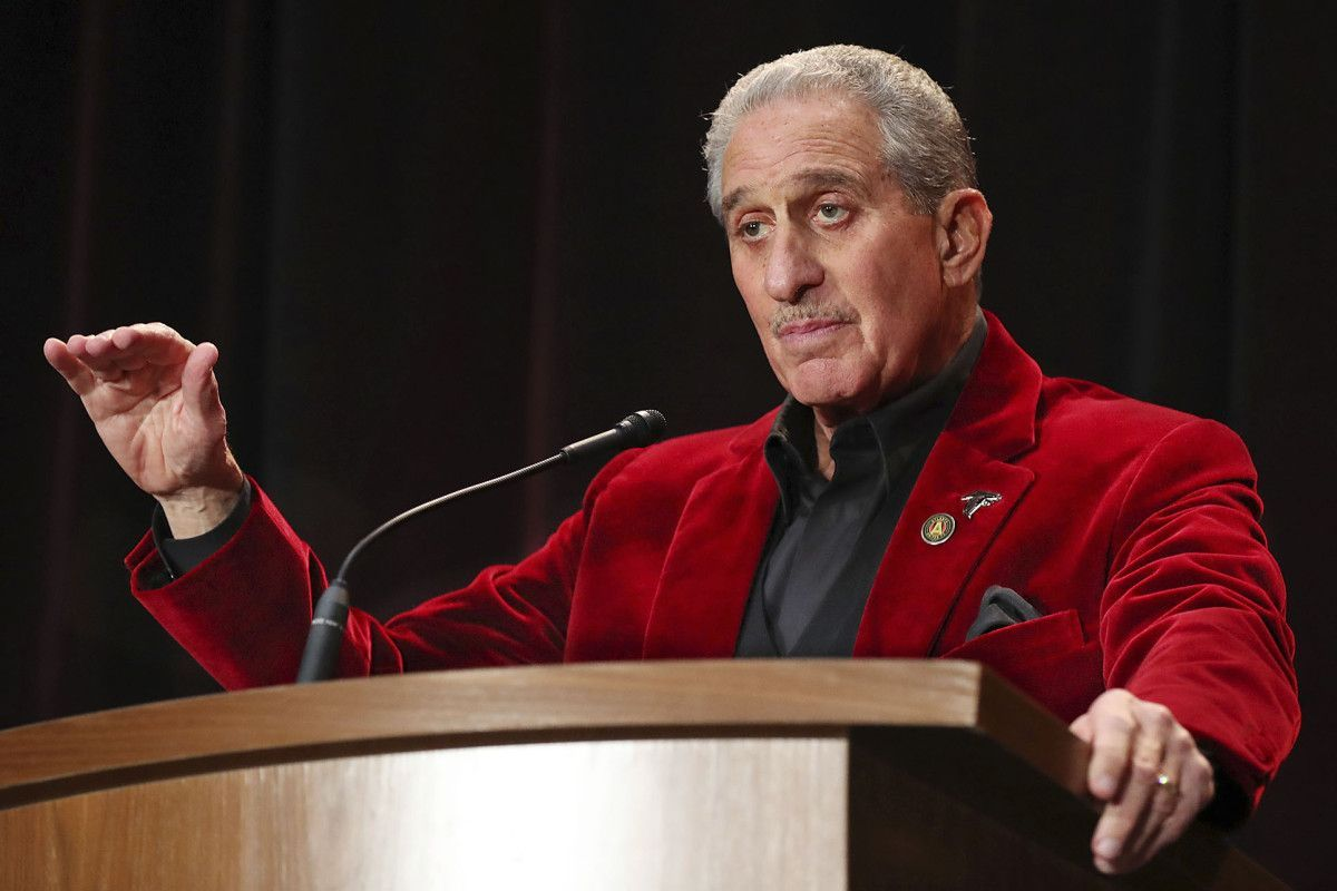 Houston Falcons Owner Arthur Blank Has Come A Long Way From Stuyvesant High School He Already Was Wealthy Beyond Most Of Our Imagin Super Bowl Super Falcons