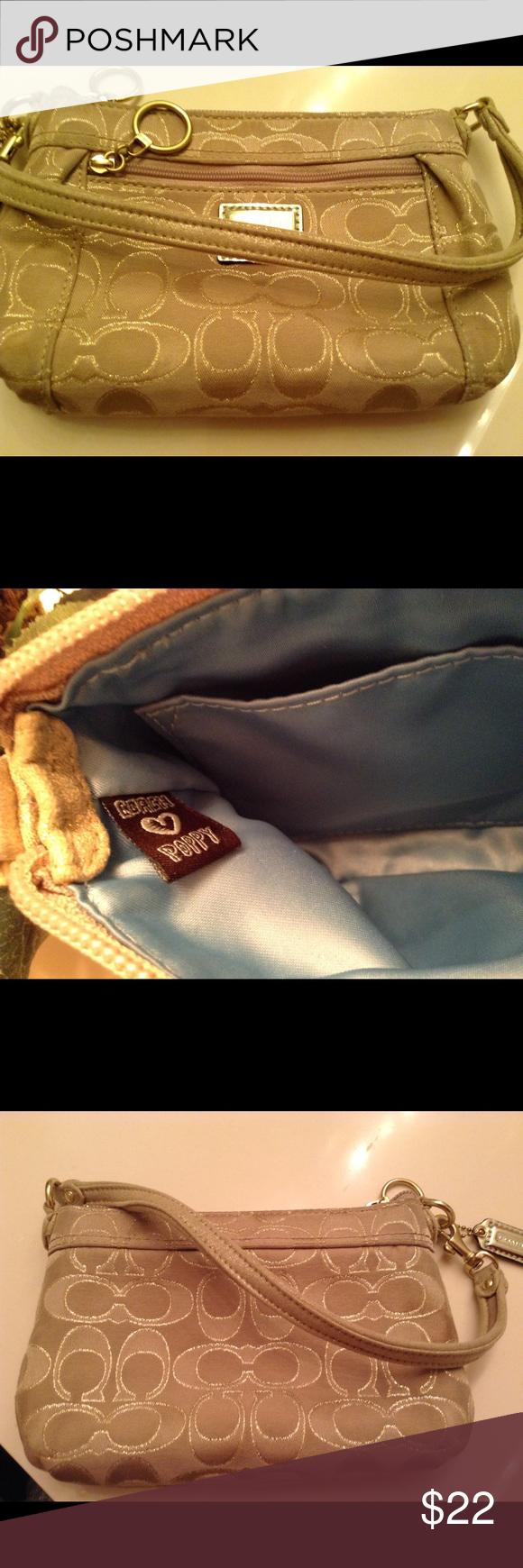 Coach mini purse Really cute small mini purse in good condition Coach Bags Mini Bags