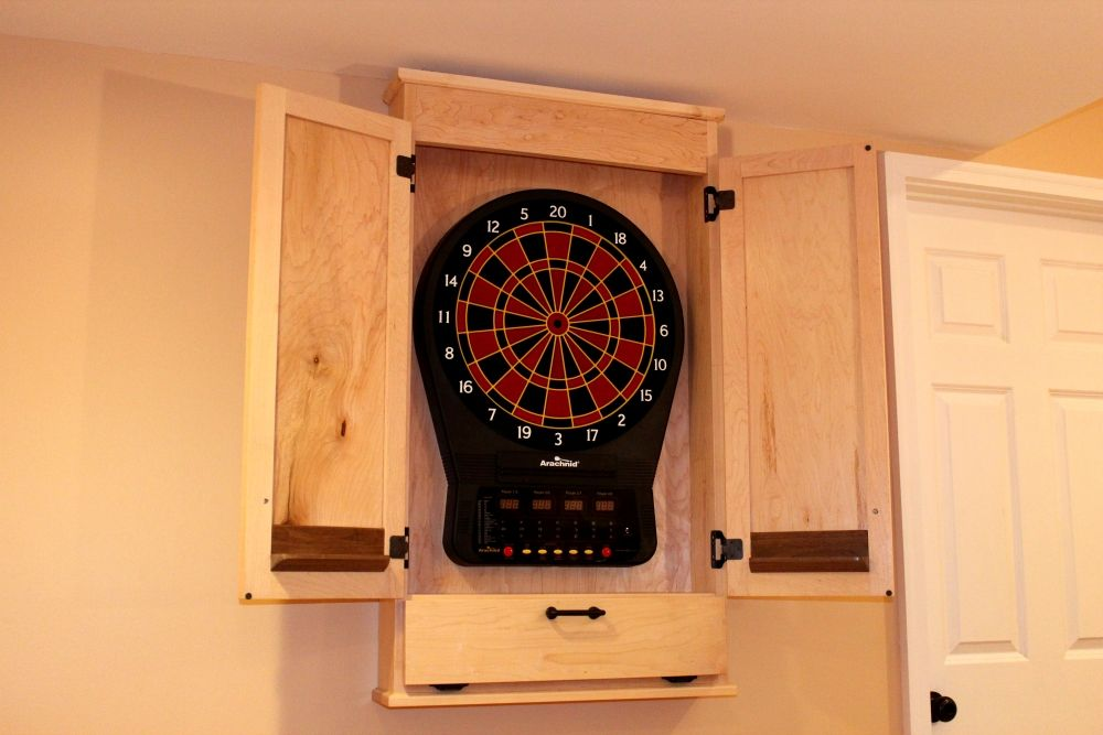 Build A Simple Dartboard Cabinet Woodworkers Guild Of America Dart Board Cabinet Dartboard Cabinet Plans Dart Board