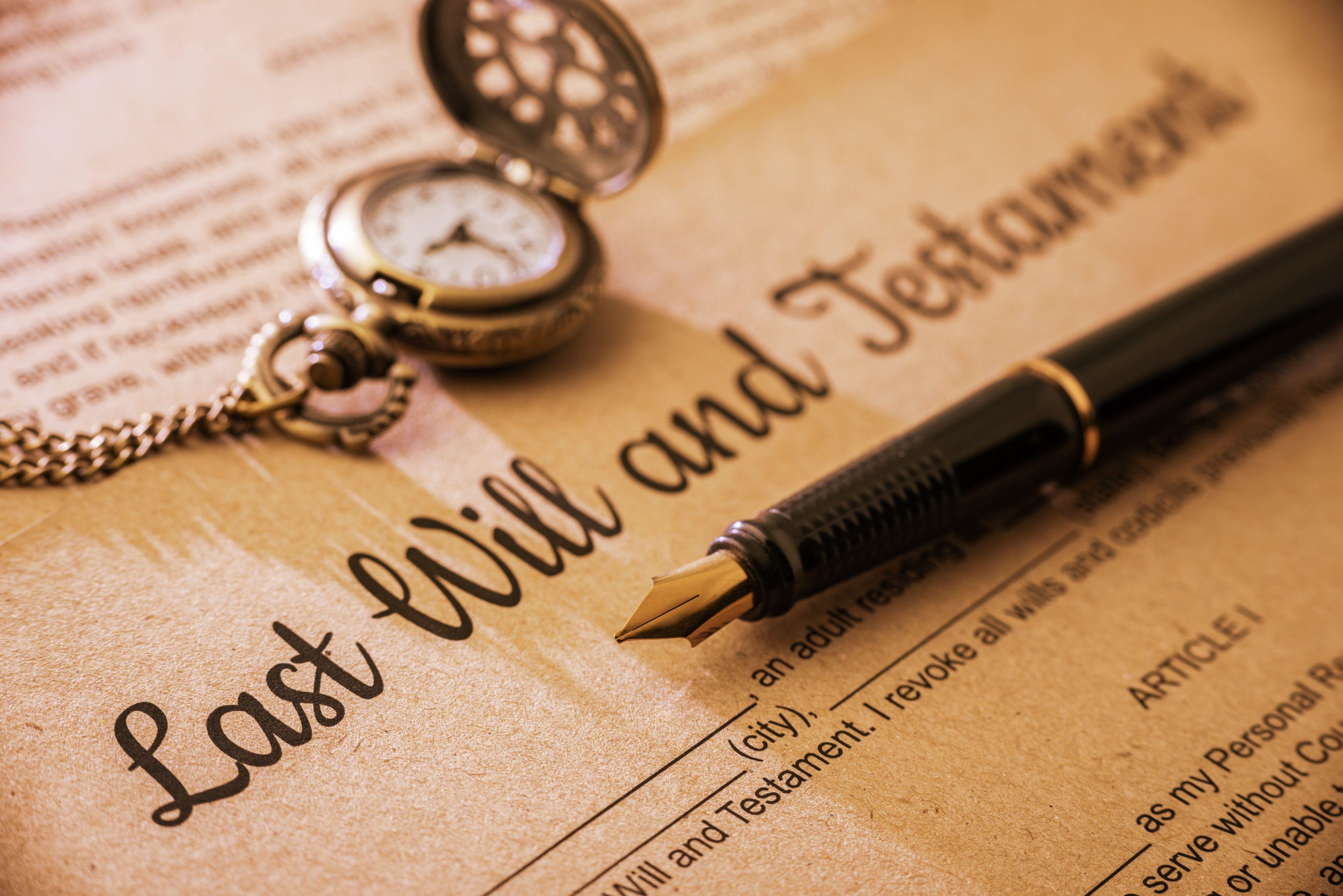 Solicitors still the best way to arrange wills