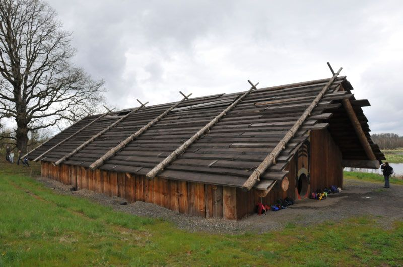 Pacific northwest plank house native americans for Pacific northwest homes