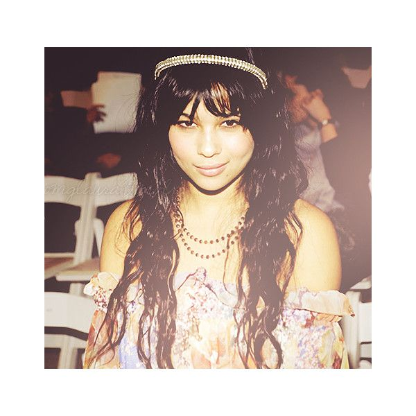 fuck yeah zoe kravitz ! ❤ liked on Polyvore featuring zoe kravitz and celebs