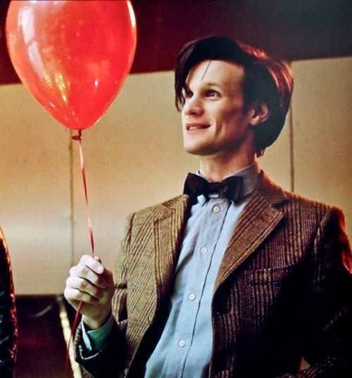 Imagem de doctor who, matt smith, and balloons