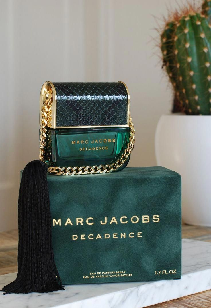 The name says it all when it comes to the rich and luxurious Marc Jacobs Decadence, a mesmerizing women's fragrance. This intoxicating elixir blends fruity, floral and powdery accords for a dazzling result that's as charming as it is undeniably seductive.