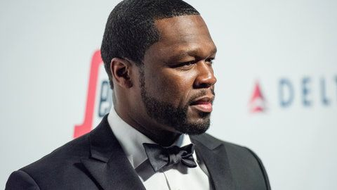 50 Cent Wants Floyd Mayweather S Boxing Company To Promote A Chris