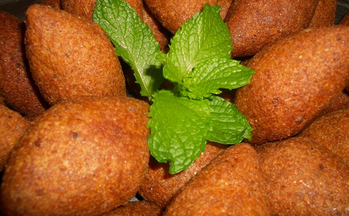 Manoosh pizza sydney lebanese kebbeh httpmanoosh the recipe for preparing kibbeh national dish of lebanon the recipe is accompanied by information about lebanon and lebanon cuisine forumfinder Gallery