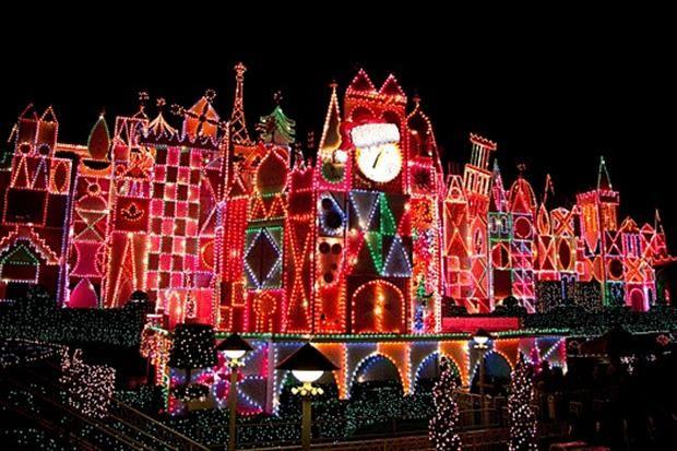 Disney Land Christmas Lights Christmas Light Displays Outdoor Christmas Outdoor Christmas Lights