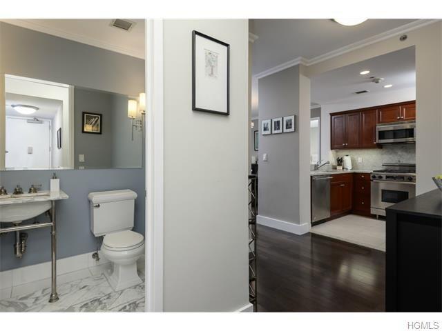 10 City Pl Apt 21g White Plains Ny White Plains 2 Bedroom Apartment Home