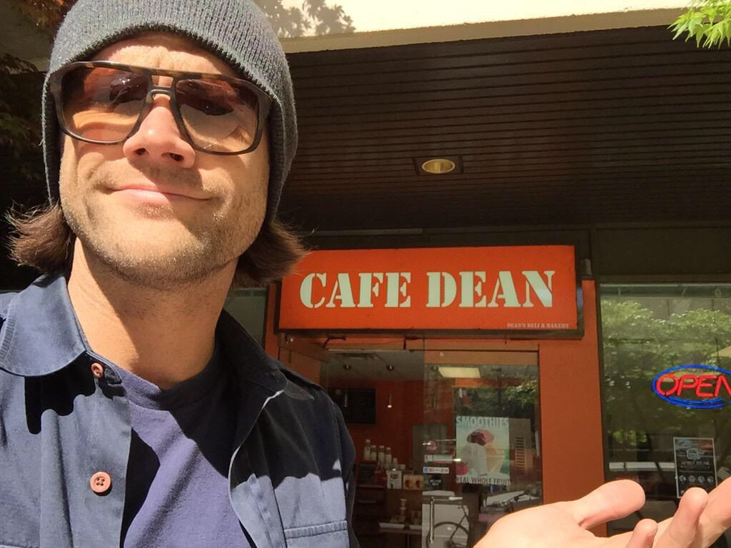 @jarpad: I don't know about this place. Unless we're talking about the grocery store clerk in #GilmoreGirls ...