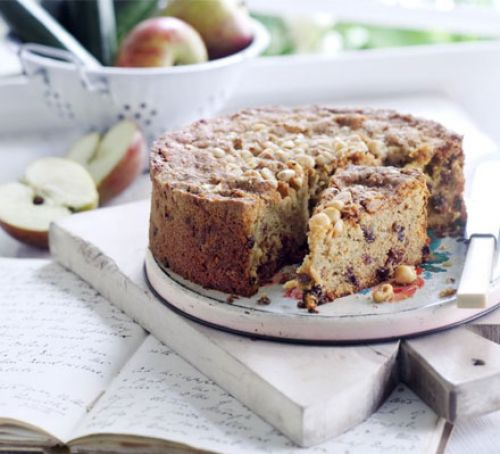 Hazelnut fruitcake | Recipe | Fruit cake, Food, Dried ...