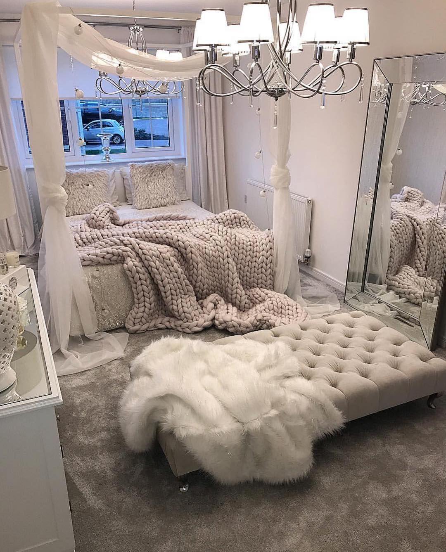 Pin By Siyanda On D E C O H O M E Bedroom Furniture Brands Home Decor Inspiration Bedroom Furniture