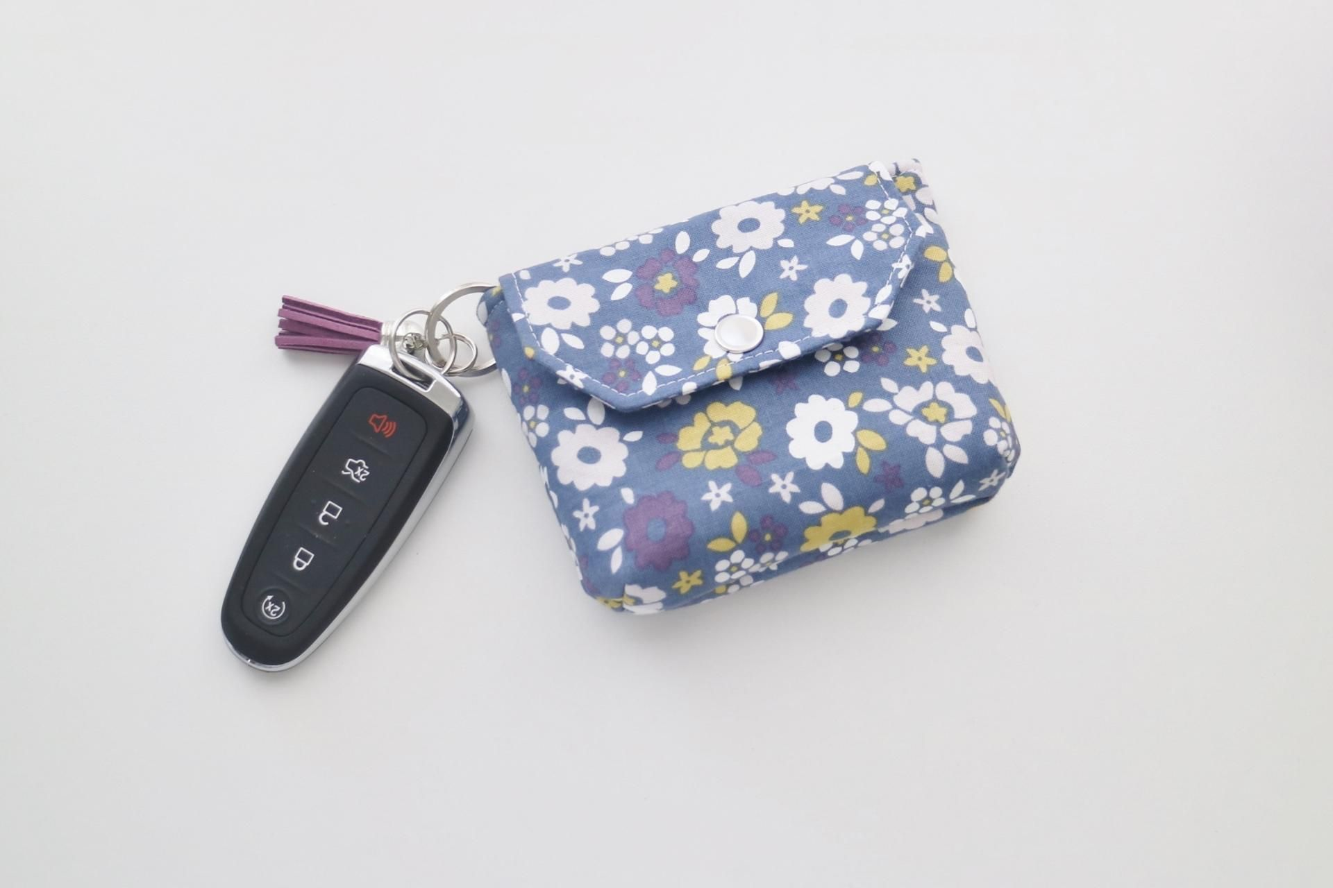 Flappy Coin Purse | Craftsy | QUILTING, SMALL THINGS | Pinterest ...