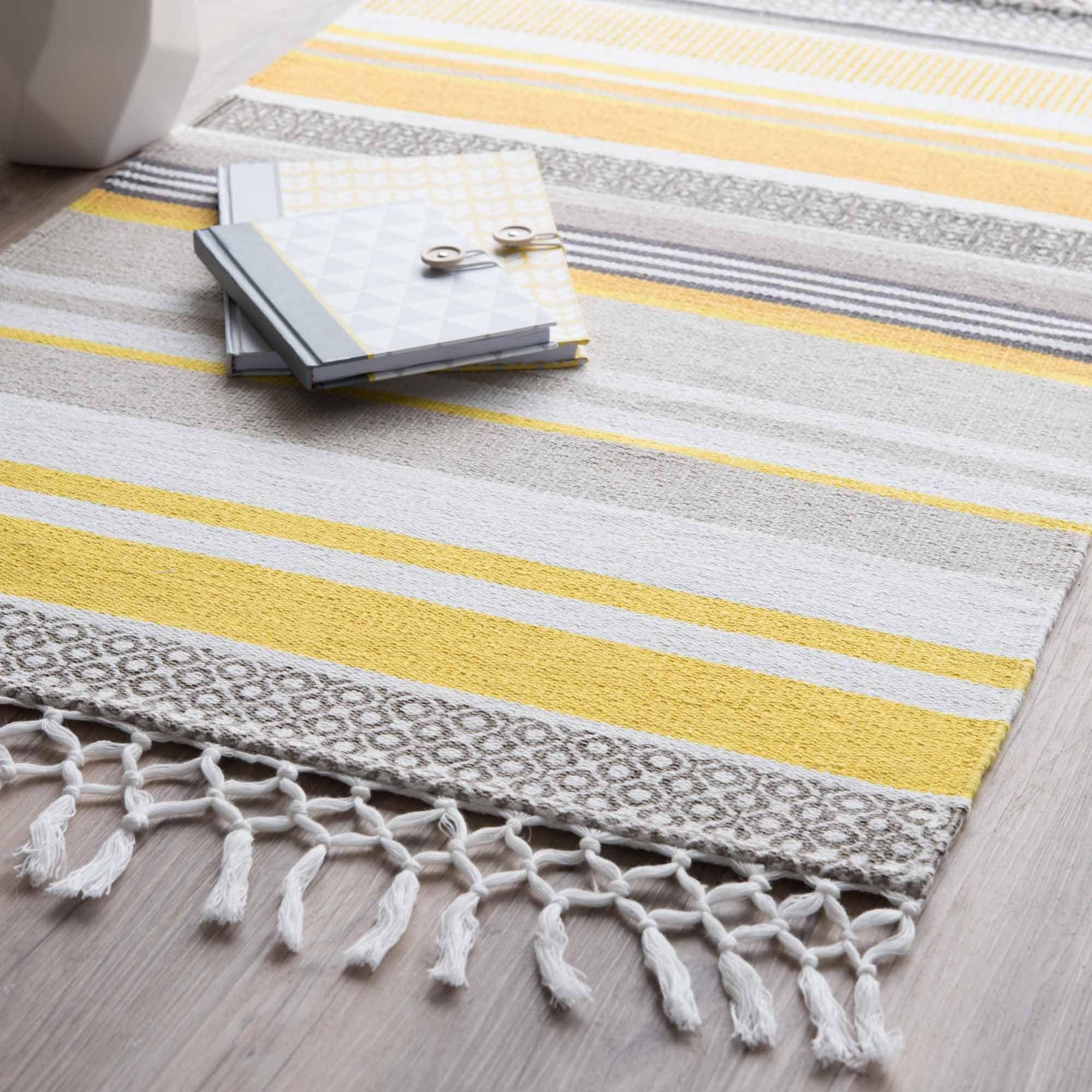 tapis ray en coton jaune gris 60 x 100 cm porto maisons. Black Bedroom Furniture Sets. Home Design Ideas