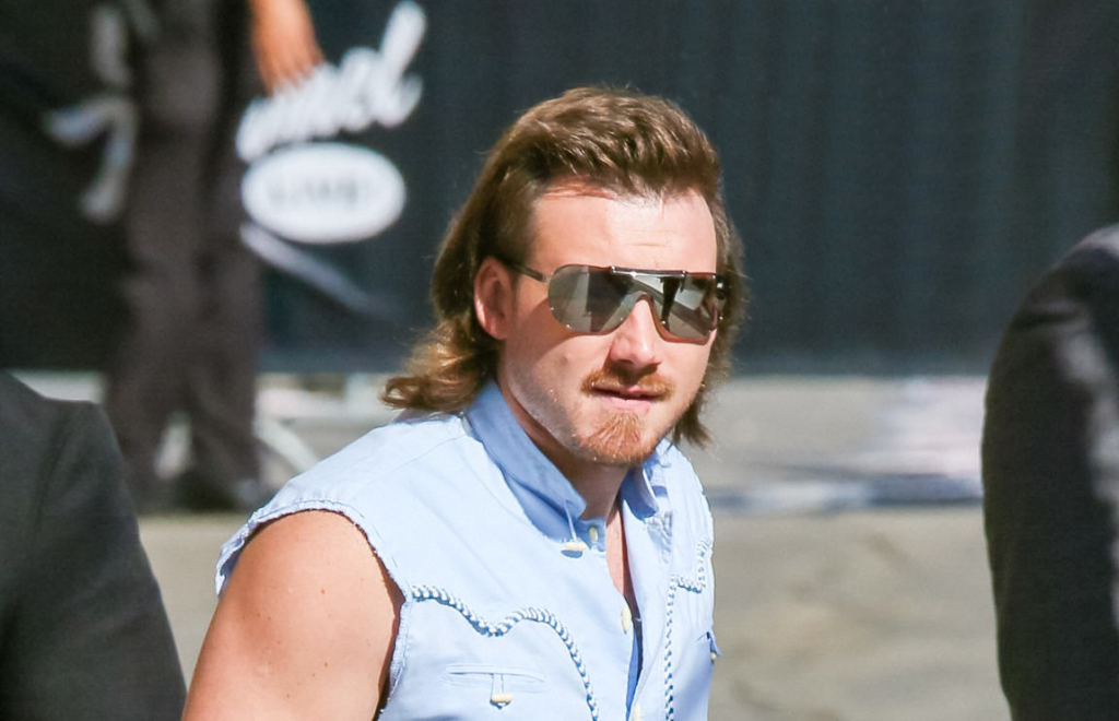Morgan Wallen Announces Fan Favorite More Than My Hometown As Next Single In 2020 Singer Hometown Country Music
