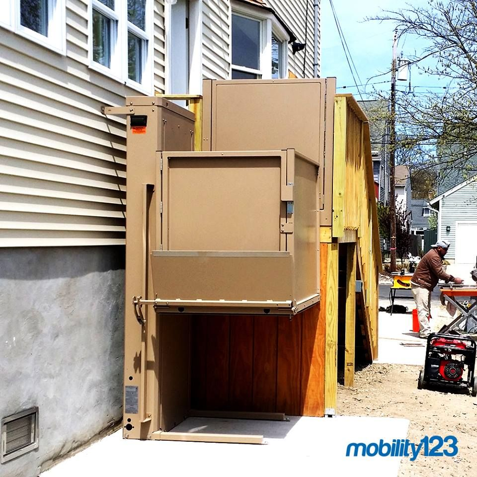 Bruno wheelchair lift vpl by mobility123 almont