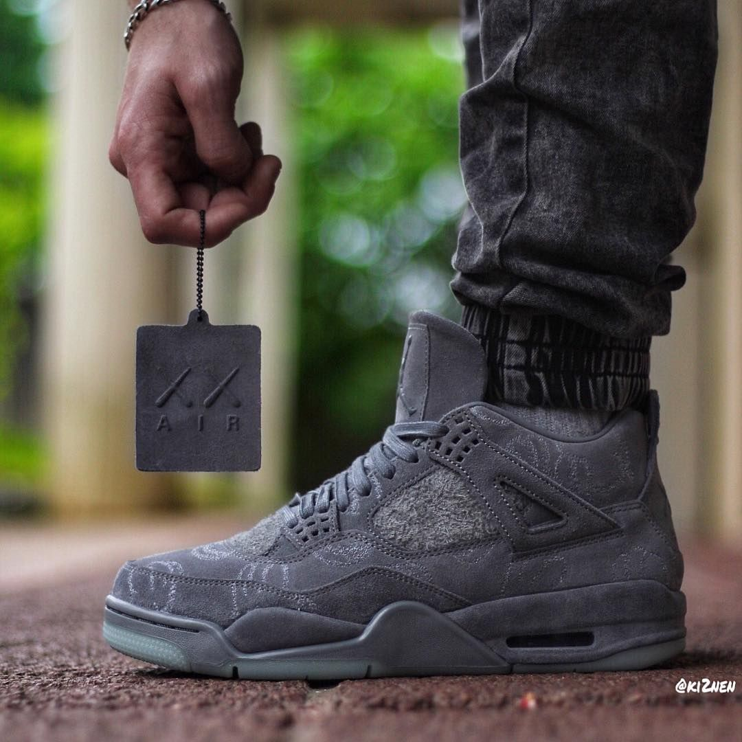 Air Jordan 4 Retro Premium Kaws Jordan Shoes For Men Air